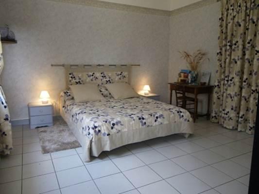 chambre-Saint-Quentin-la-Poterie1