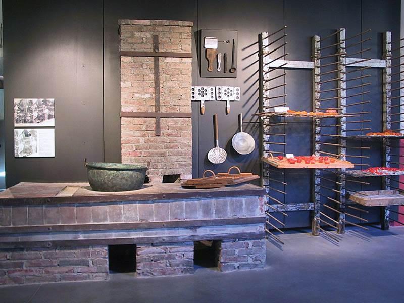 Musée de l'Aventure Industrielle du Pays d'Apt- ©Coll. Musée d'Apt