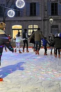 La patinoire en glace de Villeneuve lez Avignon