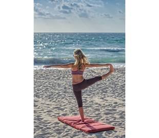 Yoga on the beach in Collioure
