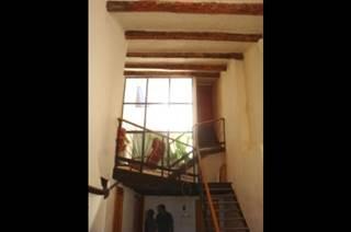 Ancienne Abbaye de Franquevaux Gîte de charme avec piscine en Camargue