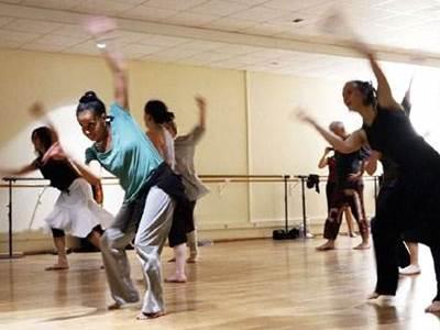 Danse Africaine et percussion dans le Lot