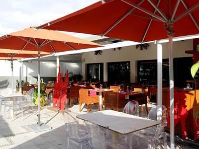La Nea Restaurant