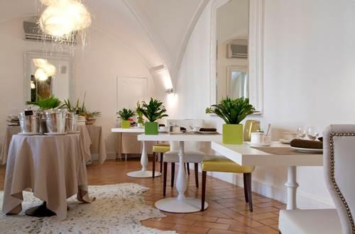 salle petit dejeuner le castellas © le castellas