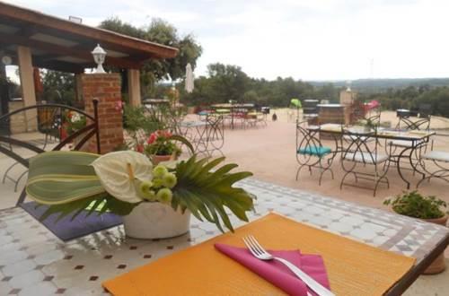 Domaine Du Serre D'Avène Restaurant Le Mas St Christol Les Ales ©