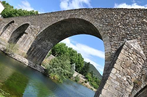 Vieux pont de Saint Jean du Gard ©