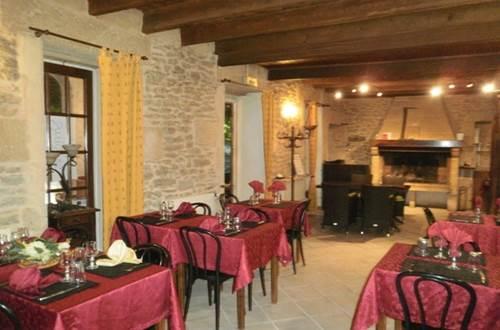 sernhac;gard;auberge;restaurant;auberge du guigare ©