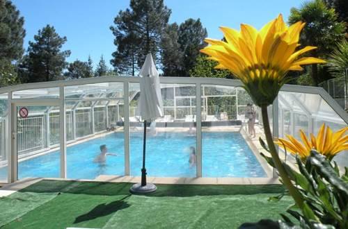Village de Vacances Ravel piscine ©