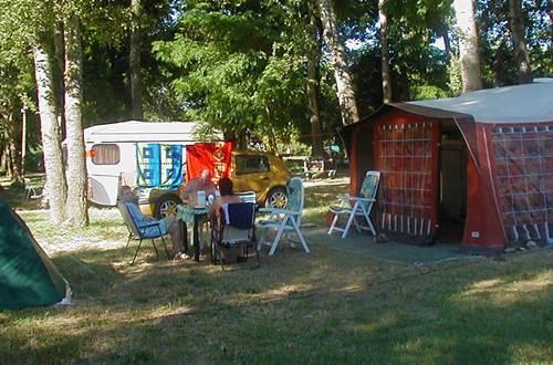 Camping Le Peyrolais ©