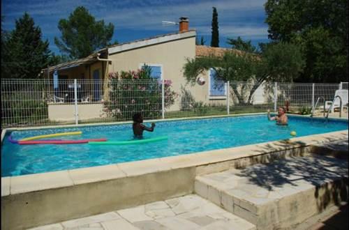 HUBERT Evelyne - Le 7 en Garrigue piscine © HUBERT Evelyne