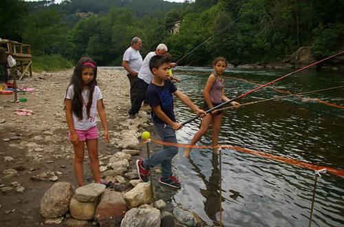 Concours de Pêche ©