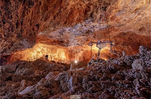 Aven Grotte de la Forestière_2 © Aven Grotte de la Forestière