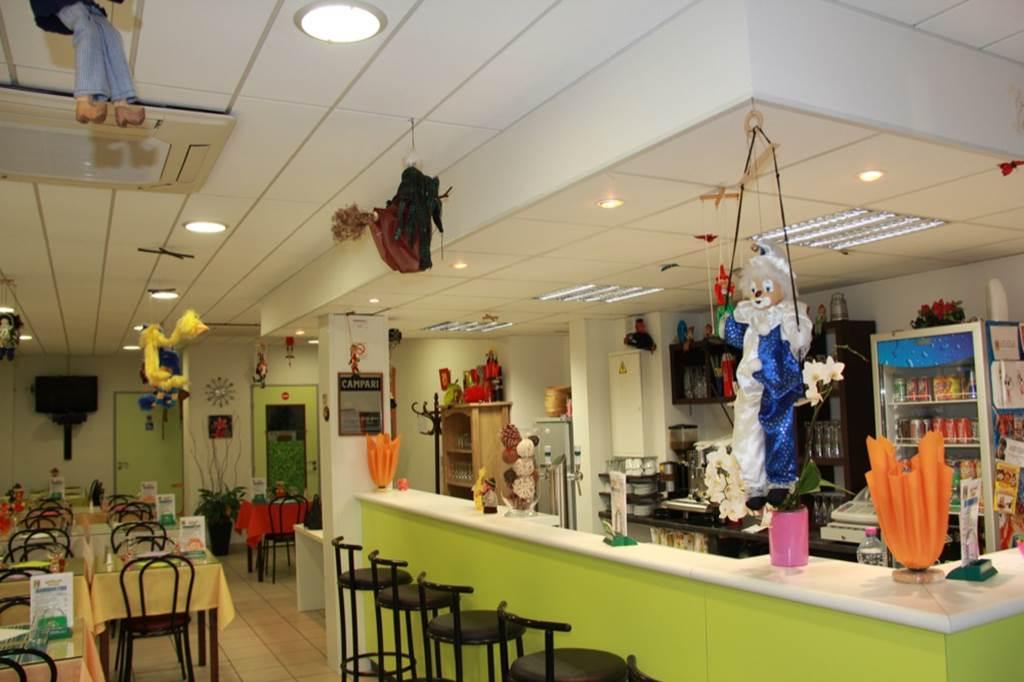 """Restaurant """"Les Marionnettes"""""""